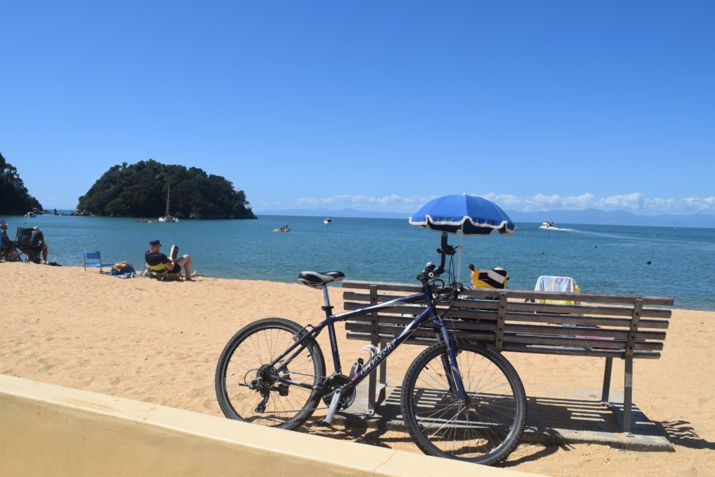 kaiteriteri beach summer