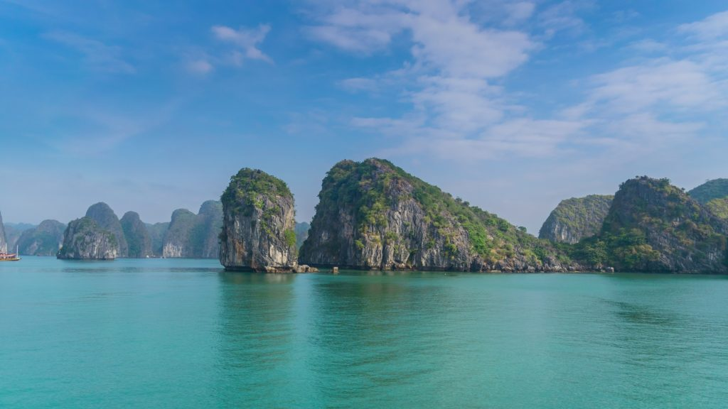 cat ba island ha long bay cruise