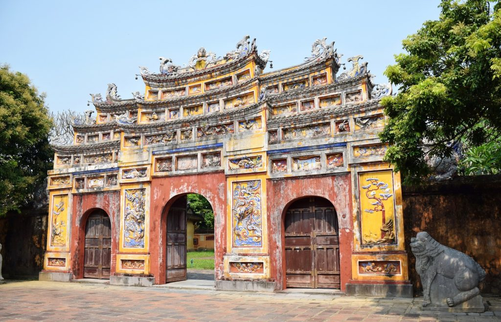 vietnam hue imperial city gate