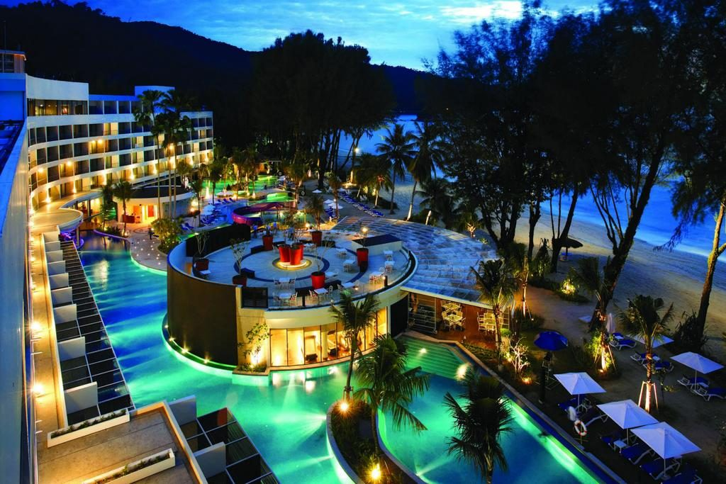 Hard Rock Hotel Batu Ferringhi